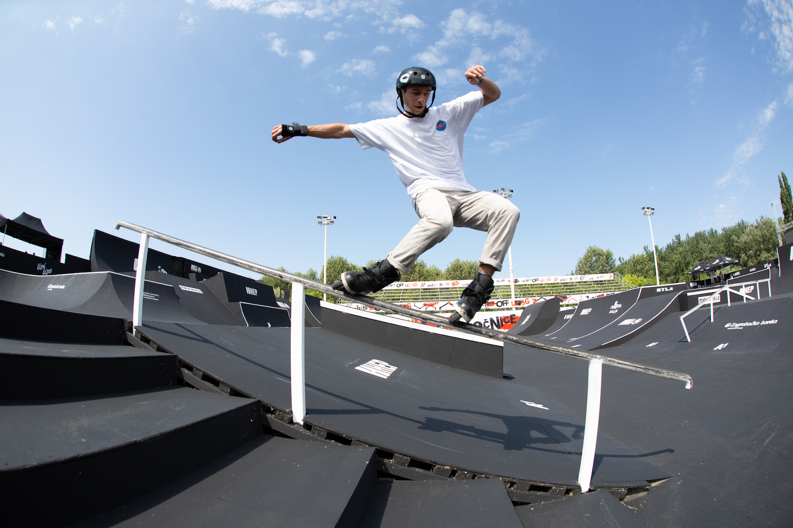 Showman Diako Diaby rocks the start of the 22nd PC on Inline skates